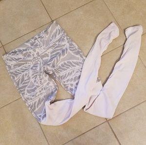 ALO Yoga Goddess Leggings - Gray/White Print - S